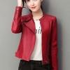 เสื้อแจ็คเก็ต เสื้อหนังแฟชั่น พร้อมส่ง สีแดง คอจีน ตัวสั้น หนังด้าน ดีเทลซิบรูดปลายแขนเก๋