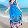 MAXI DRESS ชุดเดรสยาว พร้อมส่ง สีน้ำเงิน คอวีลึก แขนกุด แต่งย่นๆช่วงหัวไหล่ ลายดอกไม้สีสัน สม๊อคช่วงเอว