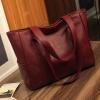 กระเป๋าสะพายข้างใบใหญ่ The liary สีแดง