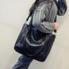 กระเป๋าสะพายข้างใบใหญ่ Two way leather black