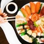 การกินซูชิ