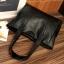 กระเป๋าสะพายข้างใบใหญ่ The liary สีเทา thumbnail 8