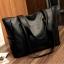 กระเป๋าสะพายข้างใบใหญ่ The liary สีเทา thumbnail 5
