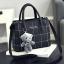 กระเป๋าสะพายข้างผู้หญิง Girl the grid black แถมหมี!! thumbnail 1