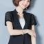 เสื้อสูทแฟชั่น เสื้อสูททำงาน เสื้อสูทสำหรับผู้หญิง พร้อมส่ง สีดำ แขนสั้น ผ้าคอนตอน แต่งแขนด้วยผ้าลูกไม้ ใส่สบาย thumbnail 3