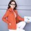 เสื้อกันหนาวแฟชั่น พร้อมส่ง สีส้ม แต่งจั๊มปลายแขน แบบซิบรูด มีฮูท เท่ห์สุดๆ ฮูทมีซิบรูดสามารถถอดออกได้ กระเป๋า 2 ข้างใช้งานได้ thumbnail 3
