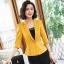 เสื้อสูทแฟชั่น เสื้อสูทสำหรับผู้หญิง พร้อมส่ง สีเหลือง คอปก แขนพับสามส่วน หัวไหล่ยกนิดๆ ไม่มีซับในระบายอากาศได้ค่ะ thumbnail 4