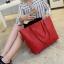 กระเป๋าสะพายข้างใบใหญ่ Leather woman (Red) thumbnail 2
