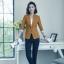เสื้อสูทแฟชั่น เสื้อสูทสำหรับผู้หญิง พร้อมส่ง สีน้ำตาล คอปก แขนพับสามส่วนลายทางเก๋ thumbnail 5