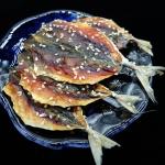 อาหารทะเลแห้ง ปลาทูอบแห้งโรยงา (ครึ่งกิโลกรัม)