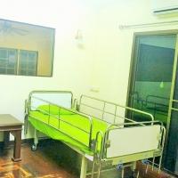 ห้อง 2 เตียง ของบ้านพักผู้สูงอายุ