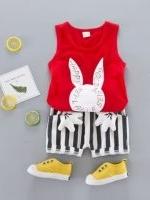 ชุดเด็กน่ารัก เสื้อแขนกล้าม ลายกระต่าย สีแดง พร้อมกางเกงลายทาง แต่งมือมิกกี้