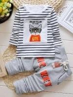 ชุดเด็กน่ารัก เสื้อแขนยาว ลายแมวใส่แว่น แต่งลายขวาง สีเทา พร้อมกางเกง