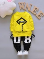 ชุดเด็กน่ารัก เสื้อแขนยาว ลายเครื่องหมายคำถาม CENICE สีเหลือง พร้อมกางเกงสีดำ