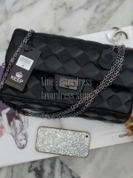 KEEP classic chain shoulder bag