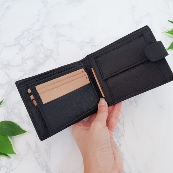 รูปภาพสินค้า M short leather button FonMor Black ดำ