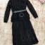เดรสผ้าลูกไม้เนื้อนิ่ม แขนยาว เอวจั๊ม มาพร้อมกับเสื้อแขนกุดตัวนอก ผ้าสักหลาดสีดำ เอวจั๊ม มีเข็มขัดค่ะ thumbnail 9