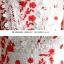 เดรสผ้าลูกไม้ถักพื้นสีขาว ลายดอกไม้สีแดง หน้าอกคาดด้วยผ้าถักโครเชต์สีขาว thumbnail 13