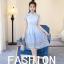 เดรสตัวเสื้อผ้าลูกไม้ สีฟ้า คอจีน กระโปรงด้านนอกซ้อนด้วยผ้าไหมแก้วแต่งผ้าลายดอกไม้สีฟ้า เทา thumbnail 6