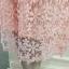 เดรสผ้าลูกไม้ถักโครเชต์รูปดอกไม้ สีชมพู คอเสื้อ ไหล่ และปลายแขนเสื้อ เป็นผ้าโปร่งซีทรูสีชมพู thumbnail 12