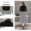 ชุด set เสื้อสีดำและกระโปรงลายทาง thumbnail 15