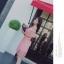 เดรสผ้าลูกไม้ถักโครเชต์สีชมพูโอรส ดีไซน์เก๋ เปิดไหล่หนึ่งข้าง ช่วงไหล่ที่เปิดมีสายจั๊ม ที่แขน thumbnail 5