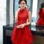เดรสแขนกุดสีแดง ตัวเสื้อผ้าถักโครเชต์ลายดอกไม้ คอจีน เดรสเข้ารูปช่วงเอว thumbnail 4