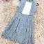 เดรสผ้าลูกไม้เนื้อดีสีเทา แขนกุด ตรงกลางหน้าอกเสื้อ เป็นผ้าชีฟองสีขาวอัดพลีต thumbnail 10