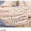 เดรสผ้าลูกไม้เนื้อดีสีครีม ช่วงกลางของแขนเสื้อแต่งด้วยผ้าถักโครเชต์ และแต่งด้วยมุกสีขาว thumbnail 10