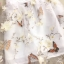 เดรสตัวเสื้อผ้าลูกไม้ลายดอกไม้ สีขาวครีม คอจีน มีซิบด้านหลังลำตัว เดรสเข้ารูปช่วงเอว กระโปรงผ้าไหมแก้ว thumbnail 17