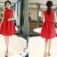 เดรสแขนกุดสีแดง ตัวเสื้อผ้าถักโครเชต์ลายดอกไม้ คอจีน เดรสเข้ารูปช่วงเอว thumbnail 2