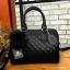นใหม่ล่าสุด ขนาด มินิ หนังแกะสวยมากค่ะ สีเข้าใหม่ >> สี classy black รุ่น KEEP quited leather Pillow bag thumbnail 1