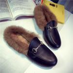 รองเท้าแฟชั่น ขนนุ่ม เก๋ๆ แบบที่เซเลปคนดังเค้าใส่กัน - ดำ