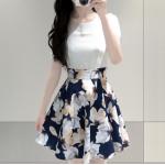 เดรสสั้นเกาหลี แฟชั่นสบายๆ ตัวเสื้อแขนสามส่วนสีขาวบริสุทธิ์ เข้ากับกระโปรงสีน้ำเงินลายดอก น่ารัก ดูดีจริงๆ - XXL
