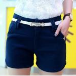 กางเกงขาสั้น แฟชั่นโดนๆ ที่สาวๆขาเรียวสวยไม่ควรพลาด - น้ำเงิน
