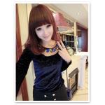 เสื้อแฟชั่นเกาหลีใหม่ ผ้ากำมะหยี่สีมันวาว ตกแต่งคอเสื้อด้วยเพชรสีสันสวยงาม สีน้ำเงิน
