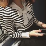 เสื้อแขนยาวแฟชั่น กับการเล่นสีดำ ตัดกับสีขาว - ลาย