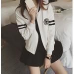 เสื้อแจ็คเก็ตแฟชั่น สีสันทูโทน ขนาดกระชับหุ่น ใส่สบาย - ขาว