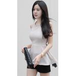 เสื้อแฟชั่นเกาหลี ทรงแขนกุด สวยเนี๊ยบ ดีไซน์แปลกตา ไม่เหมือนใคร - L