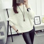 เสื้อกันหนาวแฟชั่น สวยเก๋ หาสไตล์ที่ใช่สำหรับสาวๆ ยุคใหม่ได้เลยคร่า - ขาว