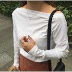เสื้อยืดแขนยาวแฟชั่น คอกว้างกำลังสวย ฮิตทุกสมัย ใส่ง่ายไปได้ทุกงาน - ขาว