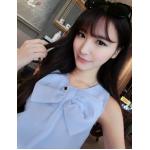 เสื้อแฟชั่นเกาหลี แขนกุด สไตล์เบาๆ เก๋ๆ ด้วยโบว์ขนาดใหญ่ด้านหน้าตัวเสื้อ - ฟ้า