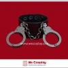 สร้อยข้อมือพังค์ Punk Wristband สีดำ ตกแต่งด้วยกุญแจมือสีนิเกิลรมดำ