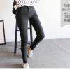 กางเกงยีนส์แฟชั่นยอดนิยม สีดำทรงคลาสสิค สีนี้ทรงนี้ ยังไงก็ต้องมีไว้ครอบครอง