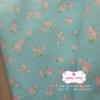 ผ้าคอตตอนไทย 100% 1/4 ม.(50x55ซม.) พื้นสีฟ้า ลายดอกไม้เล็กสีชมพู