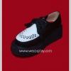 รองเท้าพังค์ สีดำ ส่วนหัวรองเท้าสีขาว