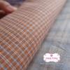 ผ้าทอญี่ปุ่น 1/4ม.(50x55ซม.) ทอลายตารางโทนน้ำตาลส้ม ตัดเส้นสีฟ้า