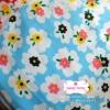 ผ้าคอตตอนไทย 100% 1/4 ม.(50x55ซม.) พื้นสีฟ้า ลายดอกไม้สีขาว