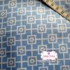 ผ้าคอตตอนไทย 100% 1/4 ม.(50x55ซม.) พื้นสีฟ้า แต่งลายดอกไม้สีขาว