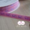 ริบบิ้นผ้าแถบ สีชมพู ผีเสื้อสีม่วง กว้าง 1 ซ.ม. แบ่งขายเป็นหลา